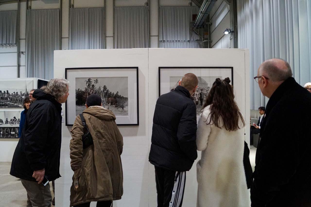 Directors Lounge | A&O gallery at the C.A.R. Photo Media art fair. Photo: Julia Murakami.