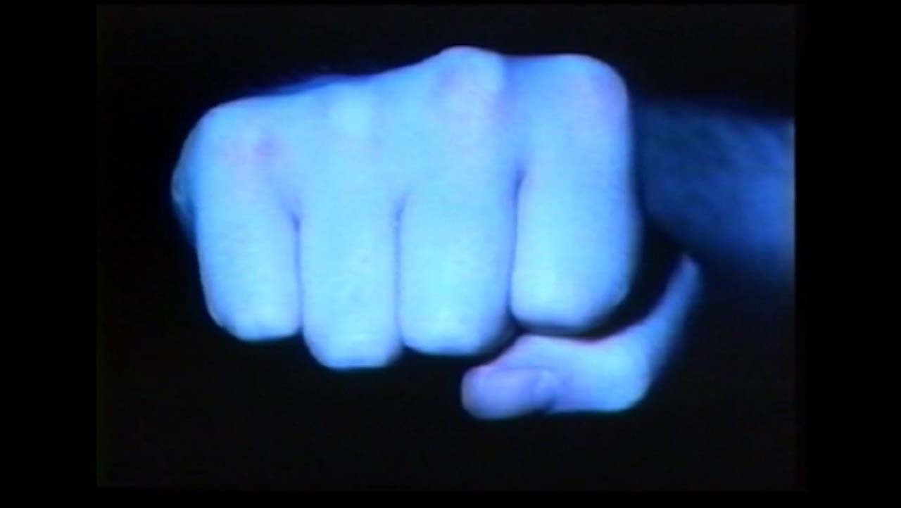 Kerry Baldry, Punch, 2005, 1 min. screened at the second Berlin International Directors-Lounge 2006.